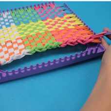 Craftprojectideas How To Use A Weaving Loom Make Potholder