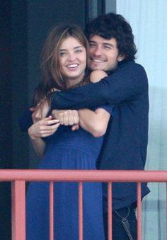 Wife hug <3 #orlando #miranda