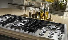 Kitchens .com - Professional Features, Personal Style - Jenn-Air Duct-Free Downdraft Cooktop