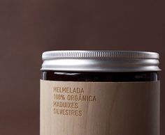 Packaging design for organic produce maker MamaBrown. The label is laser-engraved over thin wood. by Marnich Associates Wood Packaging, Jam Packaging, Luxury Packaging, Food Packaging Design, Beauty Packaging, Packaging Design Inspiration, Brand Packaging, Packaging Ideas, Innovative Packaging