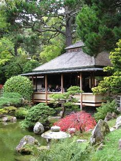 The Tea House in San Francisco's Japanese Garden. Photo by Taryn Koerker