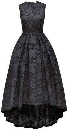 So this is from last year (2014) and I would very much like this in my possession! Like today, now!! :-) H & M Lace Dress