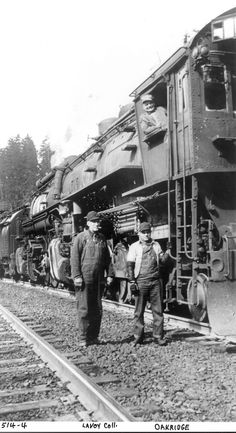 Oakridge Oregon Big Boys at work...