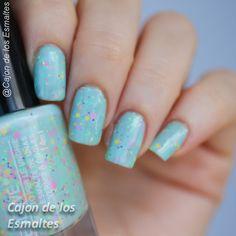 Esmalte Yes Love glitter neon y chevron Nail polish