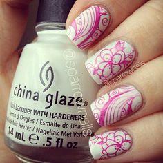 Pink  white floral nailart #nailart #nails #white #pink #floral