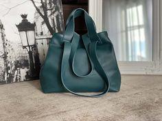 sac-cabas-cuir-graine-bleu-petrole (15) Bucket Bag, Bags, Nice Purses, Italian Leather, Teal, Handbags, Bag, Totes, Hand Bags