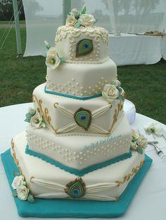 Sunday Sweets: An Ostentation of Peacock — Cake Wrecks Beautiful Wedding Cakes, Gorgeous Cakes, Pretty Cakes, Cute Cakes, Amazing Cakes, Sweet Cakes, Feather Cake, Peacock Cake, Peacock Wedding Cake