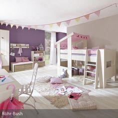 Das weiße Kinderhochbett hat ein rosa Dach und wirkt somit wie ein prinzessinnenhaftes Schlafgemach, ein wahrer Mädchentraum. Der feminine Look des großen…