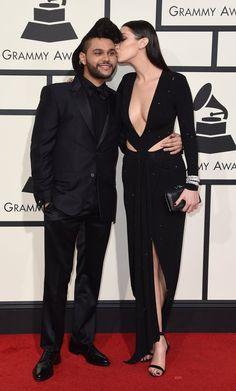 Pin for Later: Les Couples de Célébrités S'affichent Sur le Tapis Rouge des Grammy Awards The Weeknd et Bella Hadid
