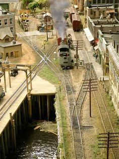 N Scale Train Layout, Ho Train Layouts, N Scale Model Trains, Sustainable Transport, Model Railway Track Plans, Ho Trains, Scenery, Ho Scale, Fairies