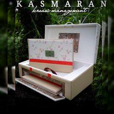 www.instagram.com/kasmaran_kreasi_management #weddingalbum #weddingbox #weddingmagazine #weddingphotography #weddingphotographer #photographyindonesia #photographerindonesia #leatherbox #leatheralbum #handycraft