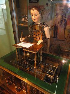 Automaton by Henri Maillardet,  an 18th century Swiss mechanician