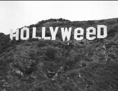 1971. Prankster changes Hollywood sign.