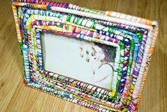 DIY: Handmade Magazine Picture Frame