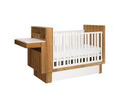"""Babybett und Wickeltisch in einem: """"Studio Crib"""""""