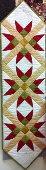 6 Christmas Quilting Projects to Start on Now Star Quilt Table Run Table Runner And Placemats, Table Runner Pattern, Quilted Table Runners, Christmas Quilting Projects, Christmas Quilt Patterns, Star Quilts, Mini Quilts, Patchwork Quilting, Quilted Table Toppers