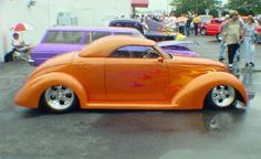 Marvin Bok from Auburn, IN., had this wild '39 Ford with cool flames at the GG Indy Show.  A Corvette LS1 with a Tremec 6-speed make this HOT rod have plenty of excitement...