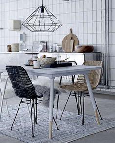 Fir Wood Table with Dipped Legs Scandinavian Interior, Home Interior, Kitchen Interior, Interior Architecture, Kitchen Design, Scandinavian Style, Kitchen Ideas, Dining Room Inspiration, Interior Design Inspiration