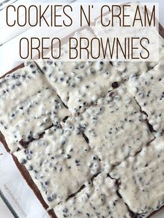 """COOKIES N"""" CREAM BROWNIES- homemade (or boxed brownies) with a super easy melted CHOCOLATE BAR frosting! http://www.togetherasfamily.com"""