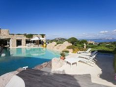 Picture of 8 bedroom Villa in Porto Cervo, Sardinia for sale  with 6000m2 of land and 400m2 terrace - Reference 171903