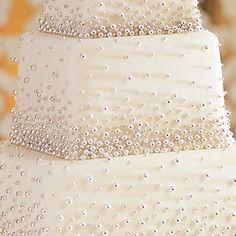 Possible cake design http://media-cache1.pinterest.com/upload/272538214919880057_JZGIT6N7_f.jpg rebecca327 everything wedding