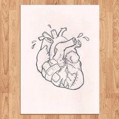 Broken heart. En proceso. Es un diseño que estoy haciendo para un tattoo. Subiré estas cosillas porque es lo poco que estoy pudiendo dibujar estos días...