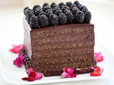 Flourless Almond Chocolate Torte with Chocolate Ganache Flourless Chocolate Torte, Chocolate Almond Cake, Chocolate Cream, Cupcakes, Cupcake Cakes, Just Desserts, Delicious Desserts, Passover Desserts, Cake Recipes