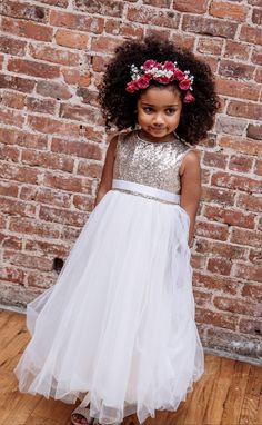 Make sure your flower girl has the perfect dress for your glamorous wedding! This heart back, gold sequin flower girl dress is sure to make a statement for your tiniest 'maid! Shop this flower girl dress at David's Bridal 2 Piece Wedding Dress, Luxury Wedding Dress, Wedding Dress Trends, Glamorous Wedding, Wedding Gowns, Sequin Flower Girl Dress, Flower Girl Dresses, Flower Girls, Gowns For Girls