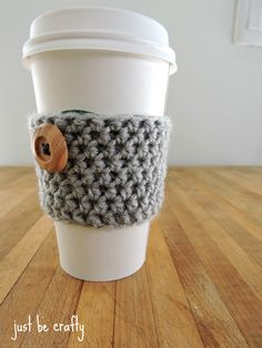 Easy crochet coffee cozy pattern!  Perfect last minute gift for the coffee lover in your life!