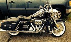 Harley Davidson News – Harley Davidson Bike Pics Harley Davidson Custom Bike, Harley Davidson Motorcycles, Biker Photography, Harley Bikes, Harley Bagger, Hd Motorcycles, Road King Classic, Harley Davison, Motorcycle Types