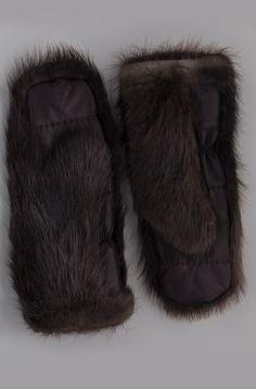 Portolano Beaver Gloves. Designer Clothing Dark Minimal Street Style Fashion