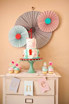 circus themed >>> 12 Inspiring First Birthday Party Ideas for Baby. If that's a circus theme, I am guessing I could handle these parties!