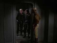 Council Security Guard & 1st Guard (Paul LeClair), & Lt. Starbuck (Dirk Benedict) - Battlestar Galactica S01E18 (Episode 16): Murder on the Rising Star (First Aired February 18, 1979)