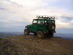 "Toyota FJ40 ""The Cruiser overlook"" (from Jen Morgan, via Flickr)"