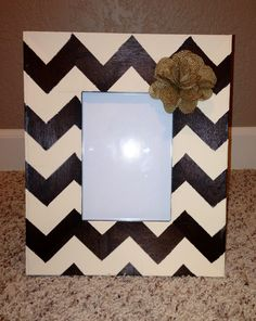 DIY chevron picture frame with burlap flower