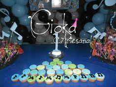Numero uno y cup cakes