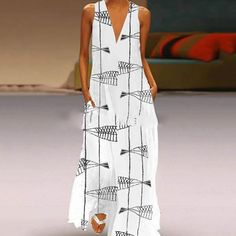 Geometric Tunic V-Neckline Maxi Shift Dress - White / XL Latest Fashion Design, Fashion Trends, Maxi Dress With Sleeves, Dress Brands, Plus Size Dresses, Types Of Sleeves, Casual Dresses, Maxi Dresses, Maxi Skirts