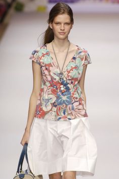 Cacharel SS 2006  Suzanne Clements Inacio Ribeiro (from 2001 to 2007)