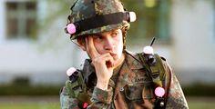 Kein Bund fürs Leben - Kino-Tipp - Ein Haufen Chaoten muss zur Bundeswehr. Dass das nicht ohne Pannen abläuft, ist klar.
