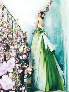 ノバレーゼ(NOVARESE) ワンランク上の愛されドレスはこの1着