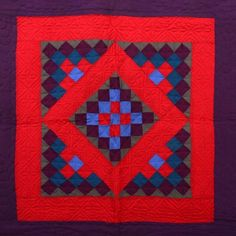 This unique amish quilts is genuinely a superb design approach. Amish Quilt Patterns, Amish Quilts, Old Quilts, Quilts Vintage, Antique Quilts, Tumbling Blocks Quilt, Girls Quilts, Patch Quilt, Quilting Projects