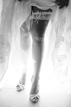 Pretty light and garter (and some shapely legs!) at a destination wedding at @Elizabeth Osuna Park .  Mexico wedding photographers Del Sol Photography
