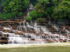 Rock Island Falls (Rock Island State Park) [Rock Island, Tennessee, USA]