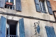 France, Albi, Blue Windows A Virtual Stroll in Albi and the Tarn through Instagram  If you're looking for an unusual taste of France and fancy an itinerary off the beaten track, you should put the Tarn...