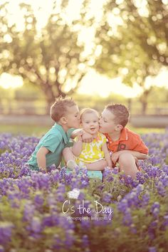 Family Photography Ideas ~ Texas Bluebonnets ~ C's the Day Photography