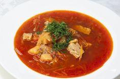 Borschtsch, warme Suppe mit rote Beete