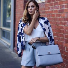 See Instagram photos and videos from CLARENCE FRANK AUSTRALIA (@clarencefrank) Summer Fashion Outfits, Spring Fashion, Fashion Show, Classy And Fab, Blog Online, Street Style Summer, Hermes Kelly, Charlotte, Womens Fashion
