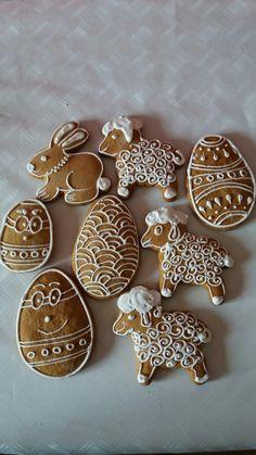 Gingerbread Cookies, Enamel, Desserts, Food, Gingerbread Cupcakes, Ginger Cookies, Meal, Deserts, Essen