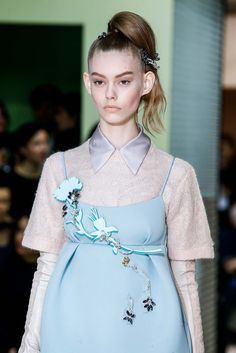 Prada Fall 2015 Ready-to-Wear - Details - Gallery - Style.com