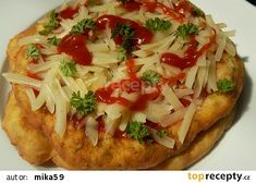 """Langoše""z cukety recept - TopRecepty.cz Low Carb Recipes, Vegan Recipes, Cooking Recipes, Healthy Diet Snacks, Pizza Appetizers, Czech Recipes, Italian Dishes, Food 52, Main Meals"